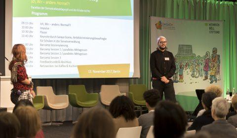 Veranstaltungsmoderation 3. Demokratietag - Konzeption | Moderation | Barcamp - Deutsche Gesellschaft für Demokratiepädagogik